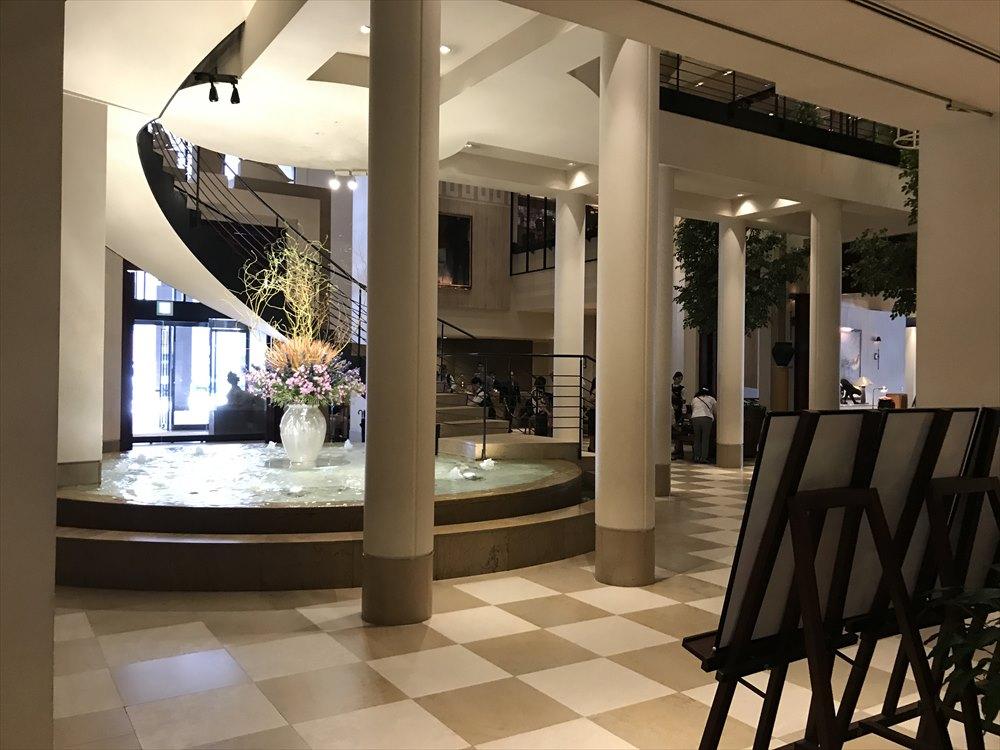 ホテル日航金沢のロビー