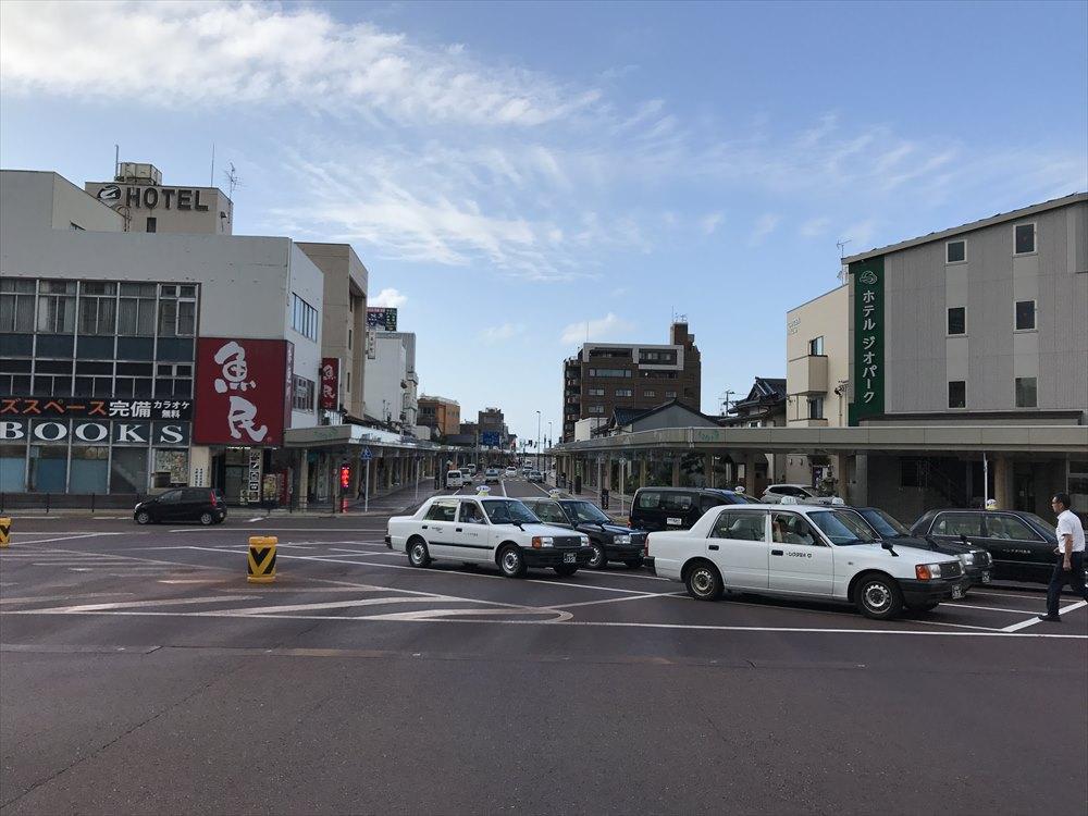 糸魚川駅前ロータリー