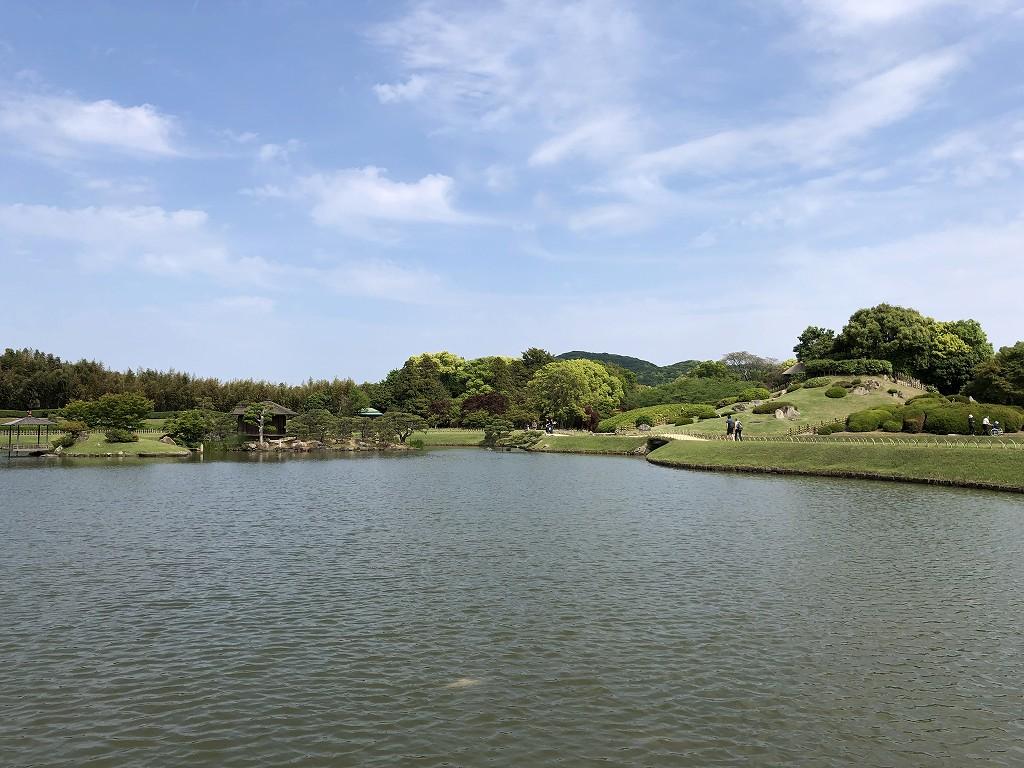 岡山後楽園の池1