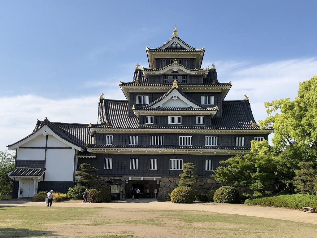 岡山城の天守閣2