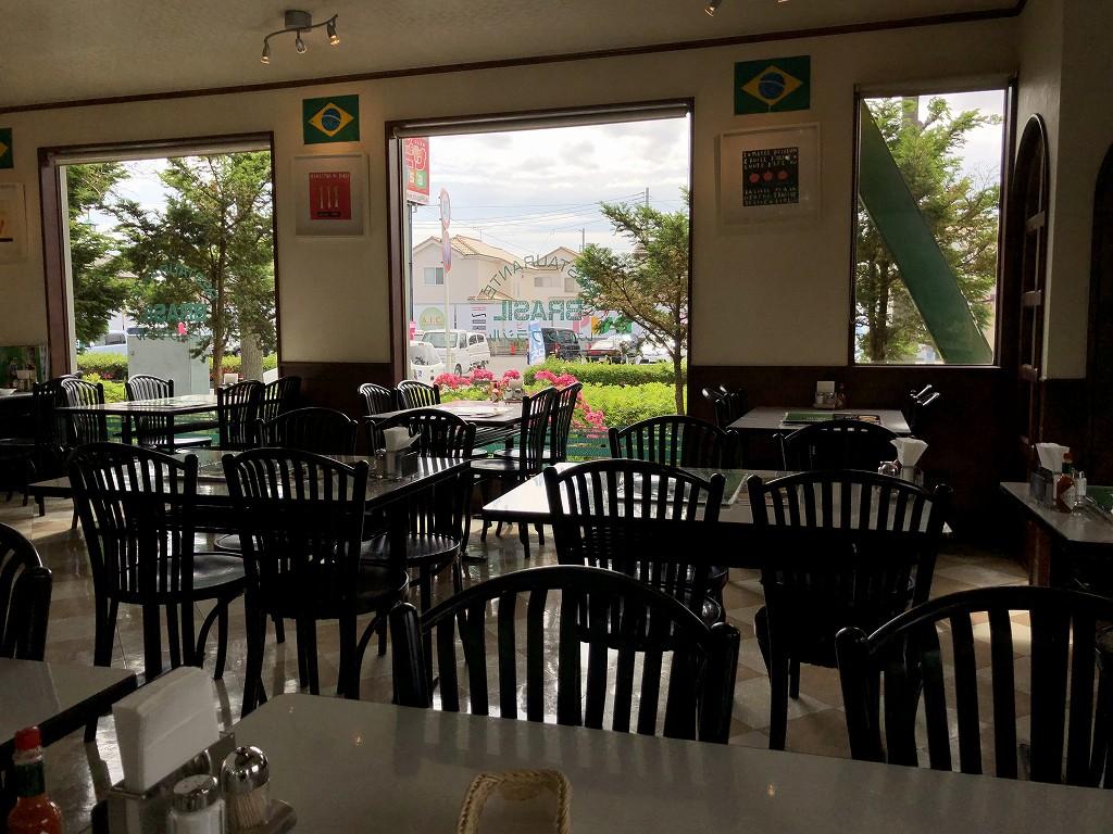 群馬県邑楽郡大泉町のレストラン・ブラジルの内観