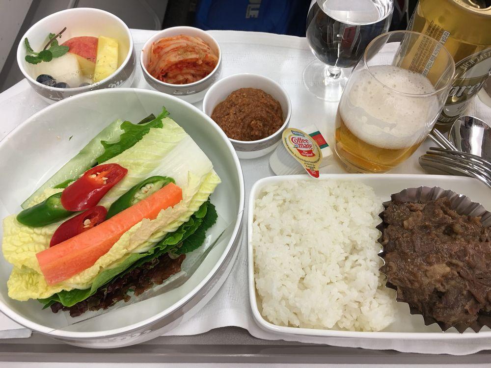 アシアナ航空1065便ビジネスクラスの機内食のサムパプ