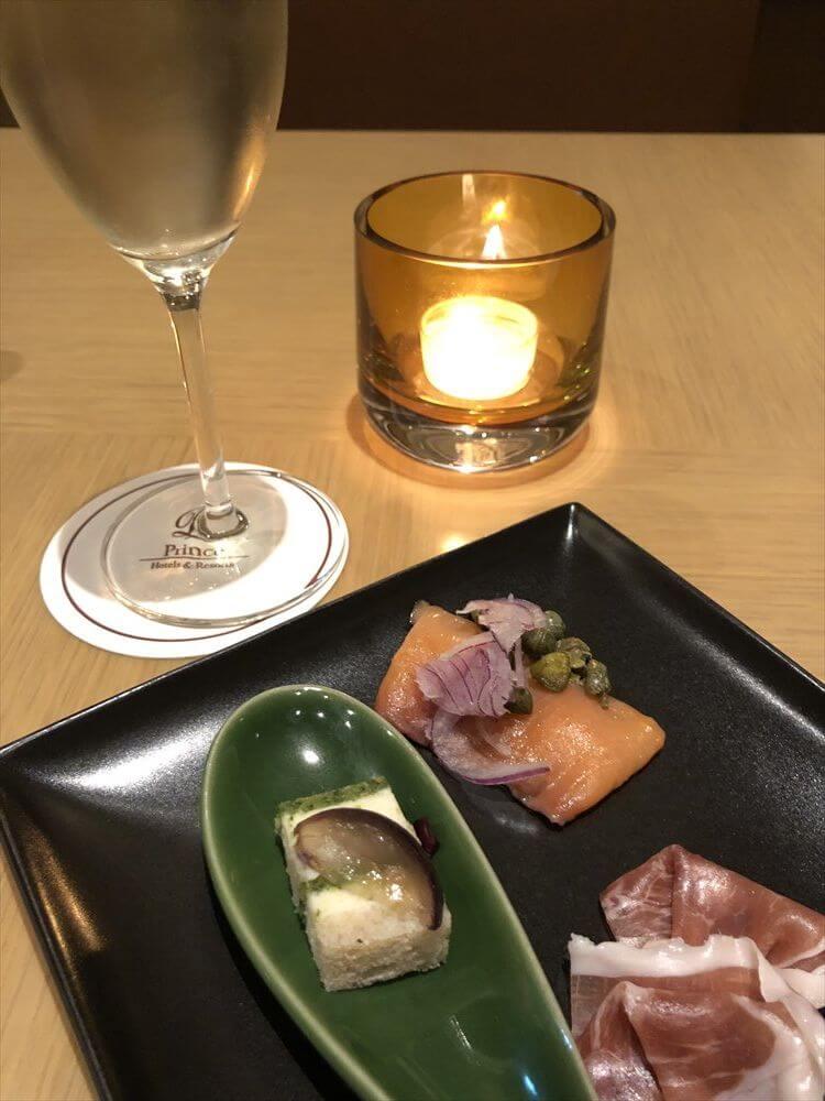 ザ・プリンス さくらタワー東京のエグゼクティブラウンジの晩飯2