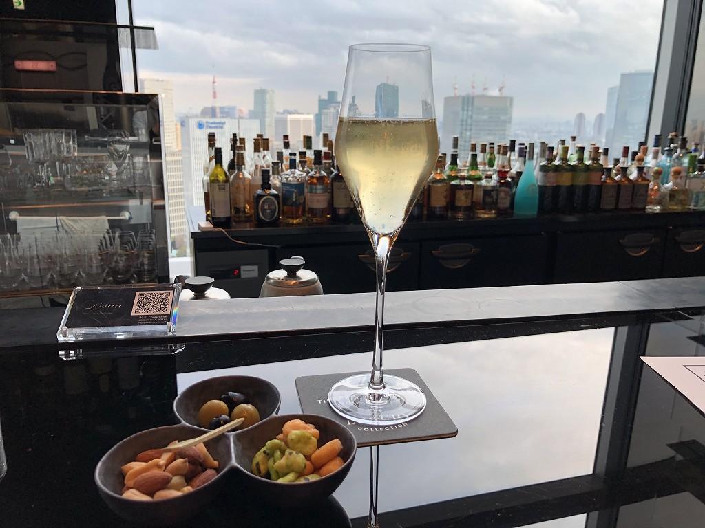 ザ・プリンスギャラリー東京紀尾井町の「Sky Gallery Lounge Levita」でシャンパン2