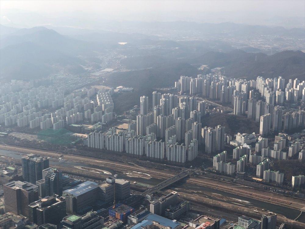 韓国の画一化されたマンション群3