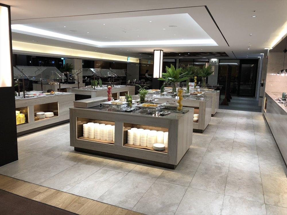 ヨンピョン リゾート ドラゴン バレー ホテルのTHE CHALETのブッフェのスペース