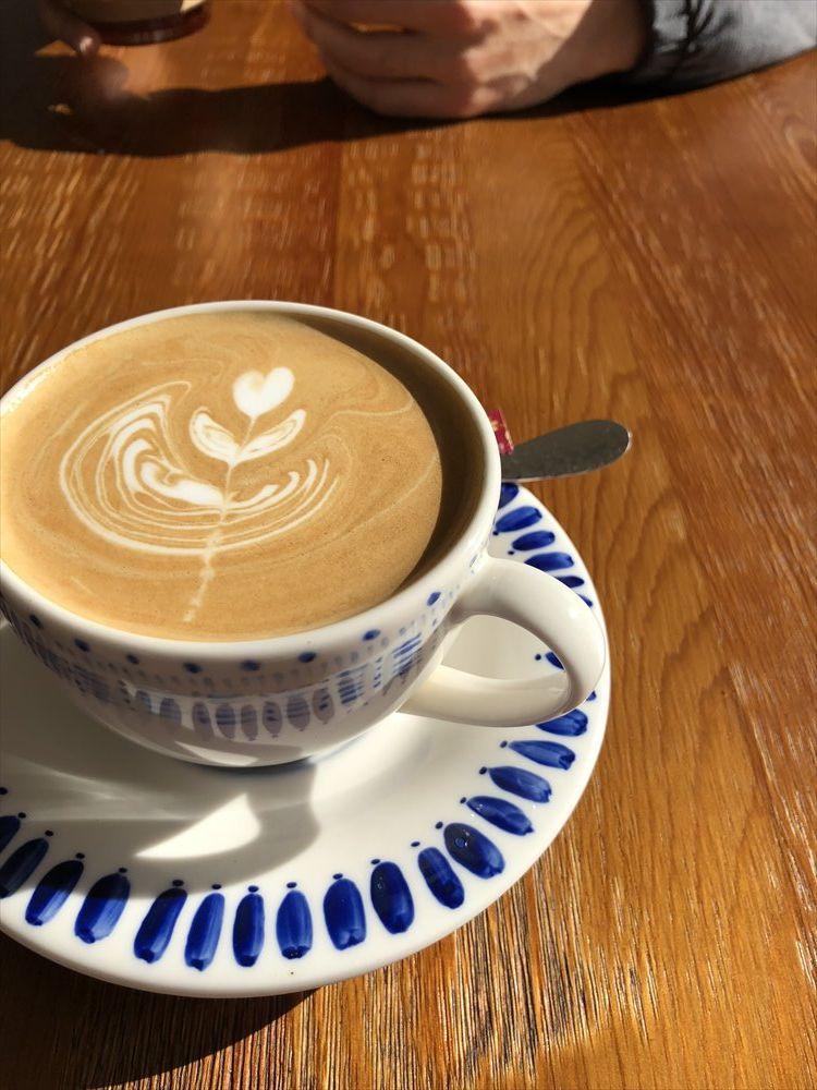 平昌のJoo8's Caffeeでカフェラテ
