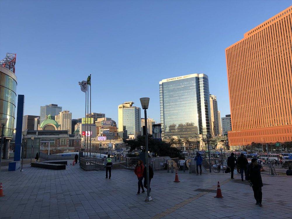 ソウル駅前の風景