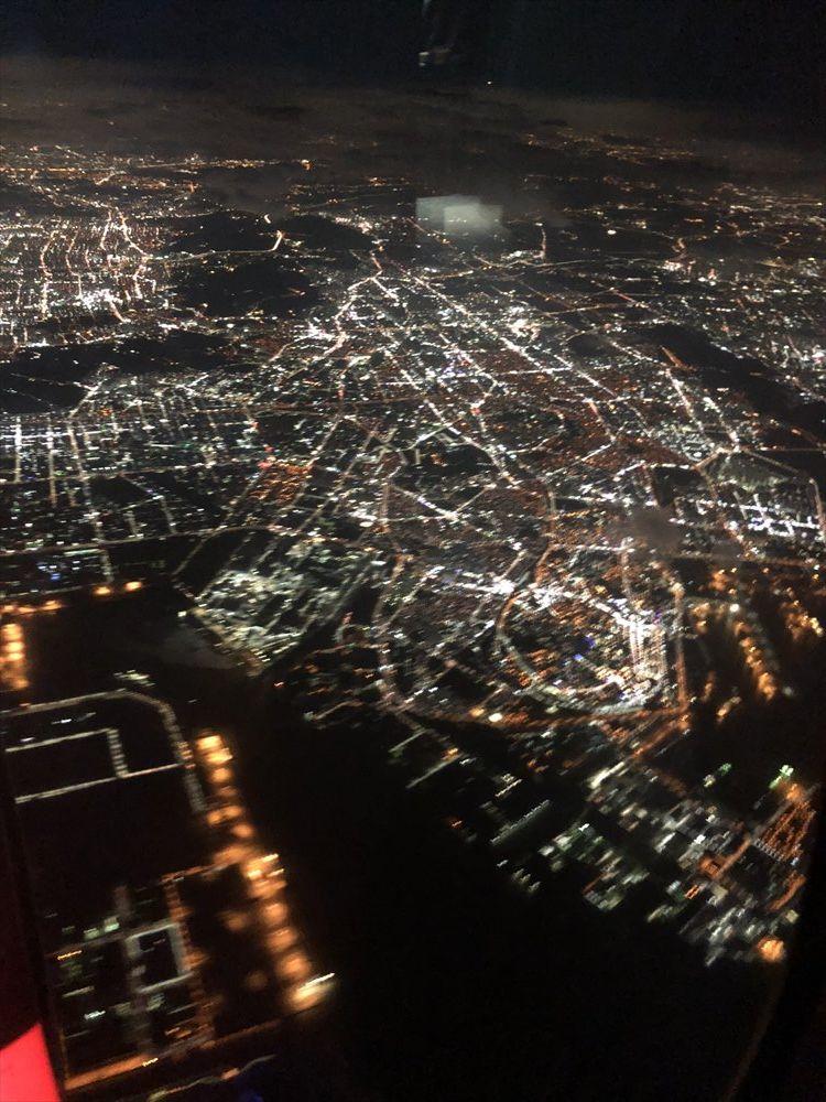JAL94便(ソウル金浦-羽田)から見たソウルの街の光