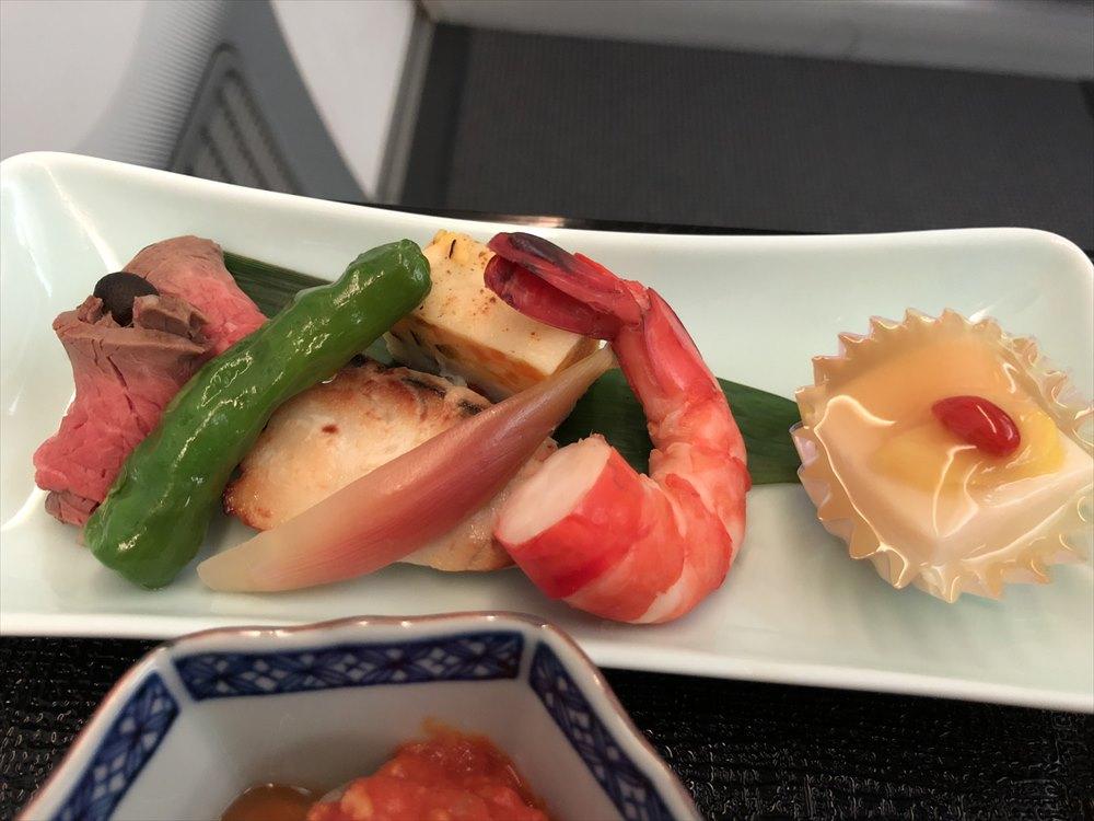 JAL94便(ソウル金浦-羽田)ビジネスクラスの機内食4