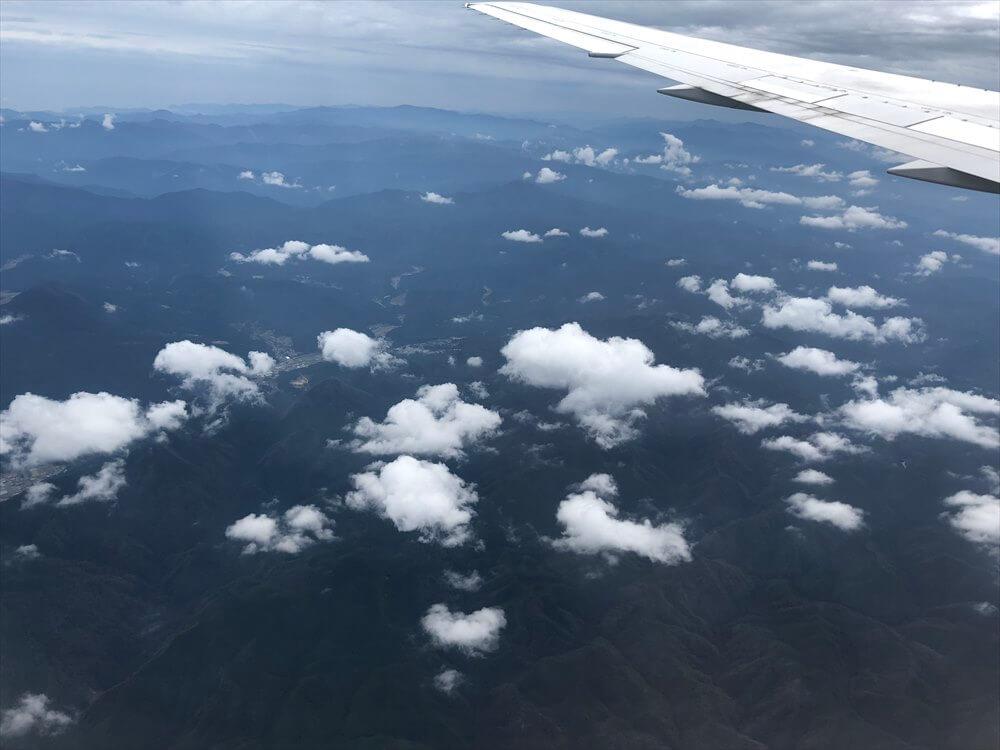 JAL115便から見た紀伊半島の山岳地帯