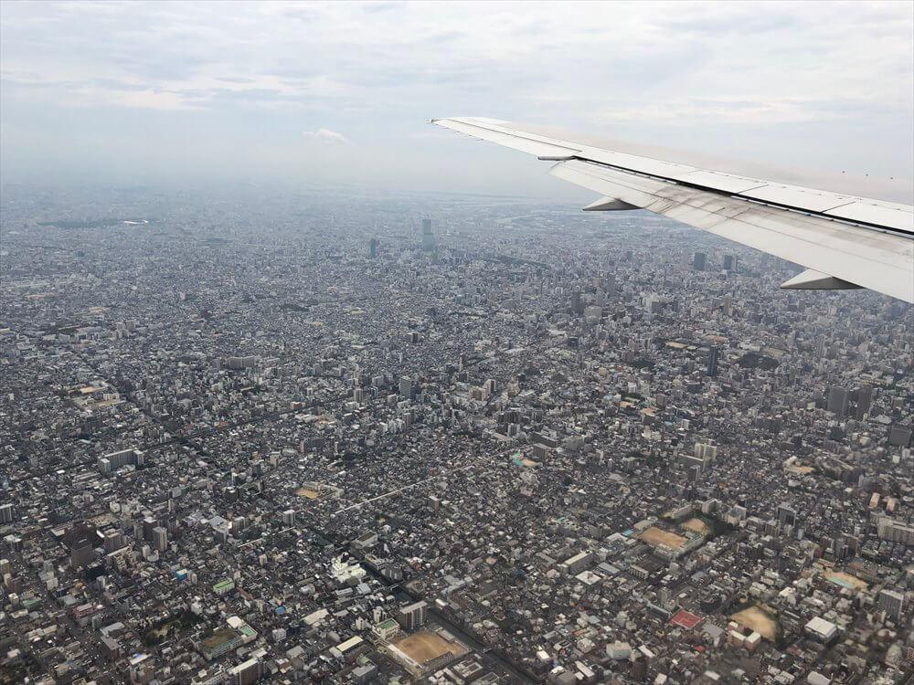 JAL115便から見たあべのハルカス1