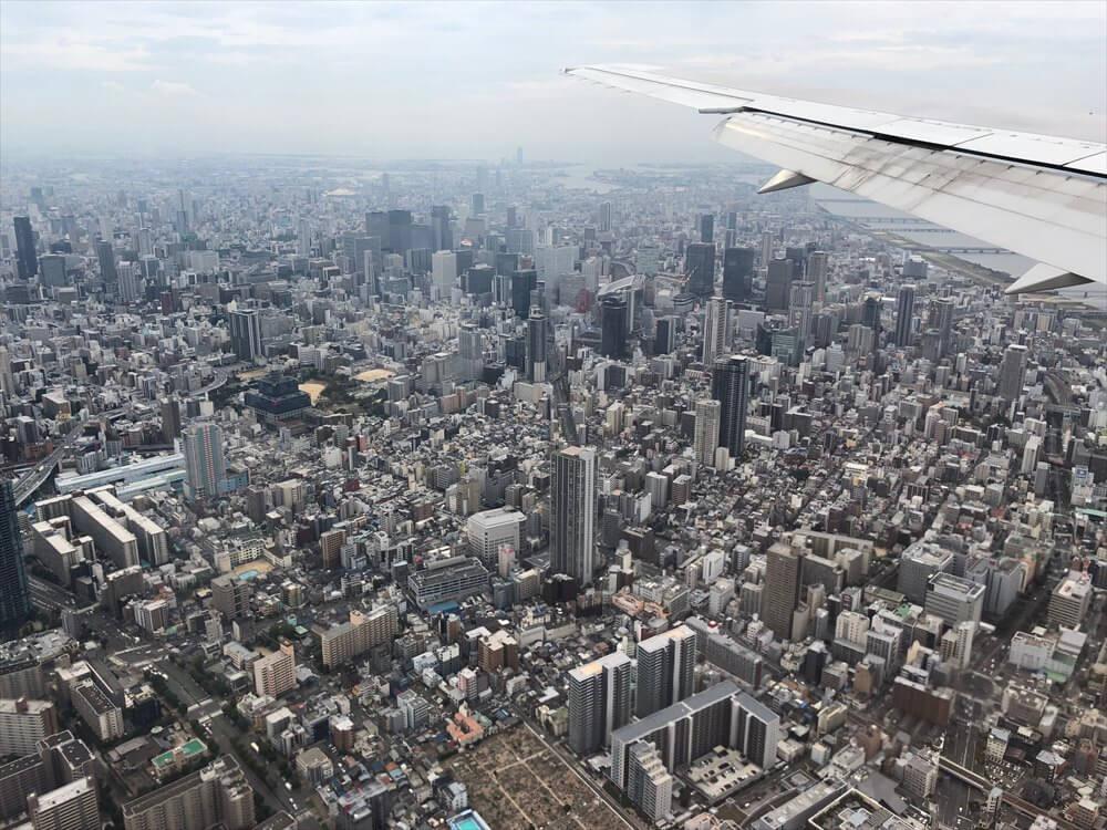 JAL115便から見た大阪の高層ビル2
