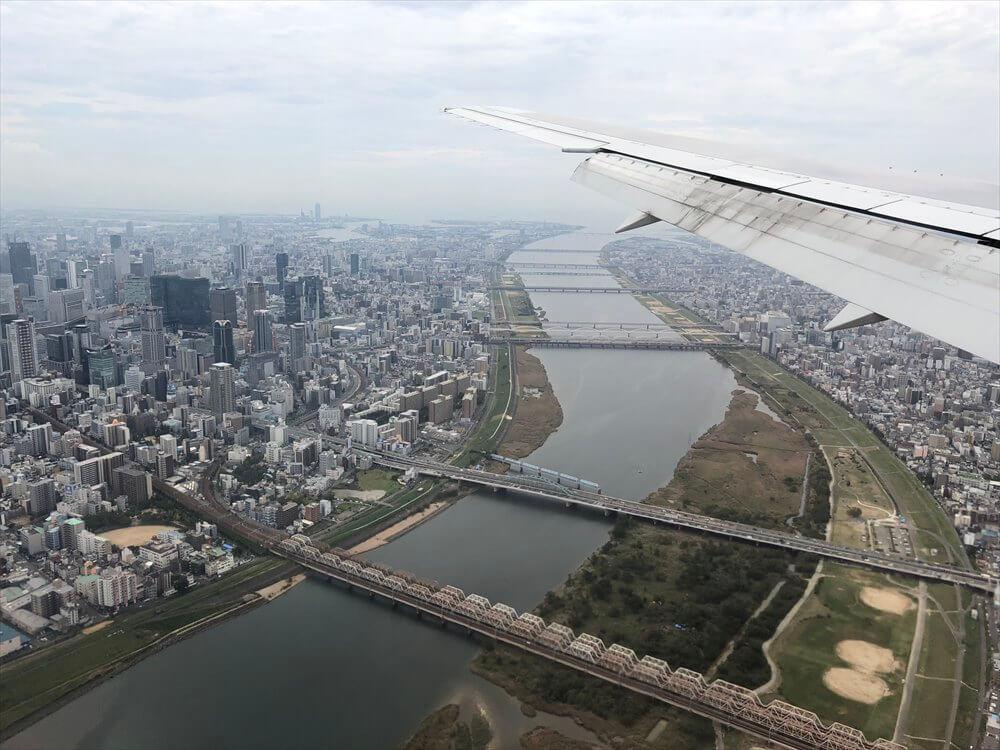 JAL115便から見た大阪の高層ビル3