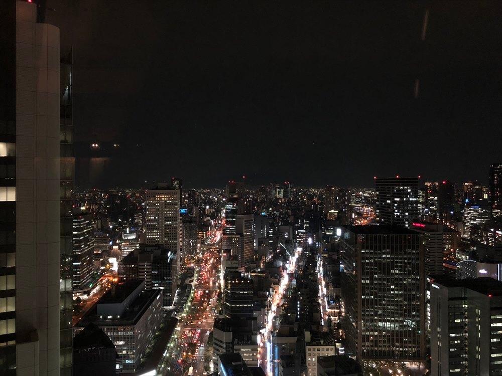 リッツカールトン大阪のクラブラウンジのカクテルタイム5