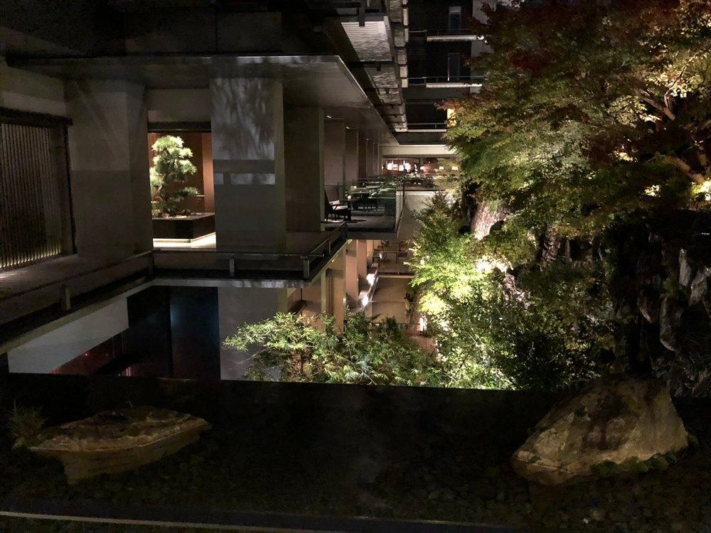 日本旅館の雰囲気のリッツカールトン京都1