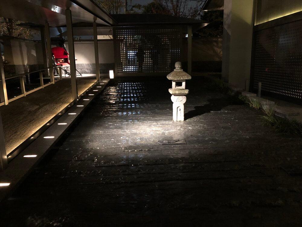 ホテルフジタ京都時代の灯籠