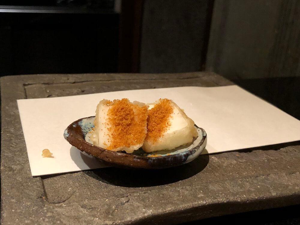 リッツカールトン京都の水暉の豆腐にからすみの粉