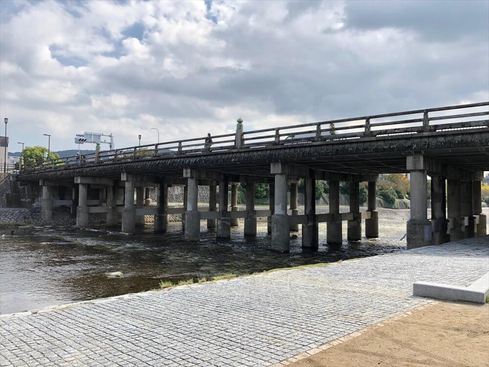 三条大橋(上流側から)