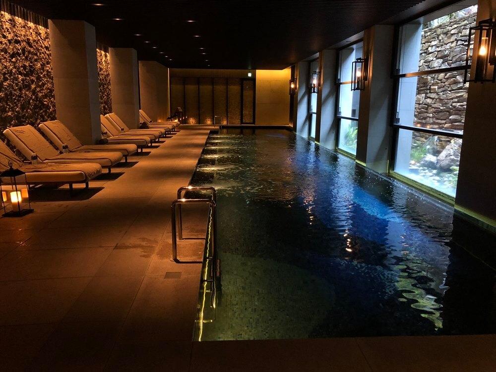 リッツカールトン京都のフィットネスセンターのプール2