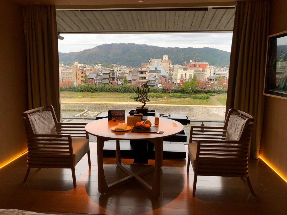 リッツカールトン京都からの鴨川の眺め1