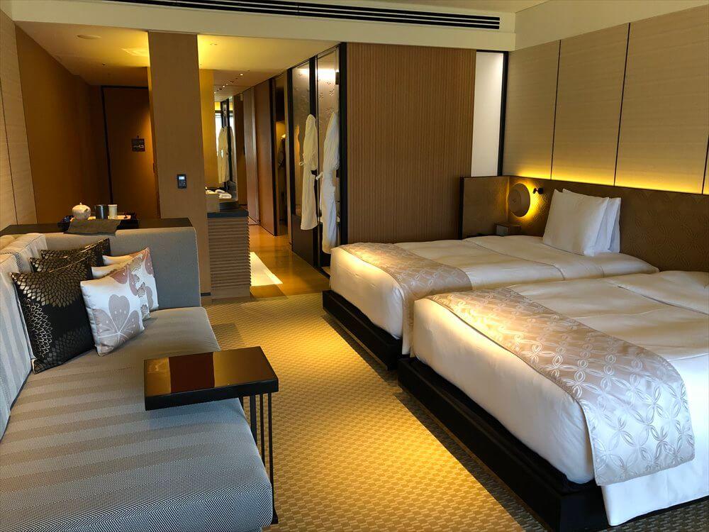 リッツカールトン京都のラグジュアリーのベッド