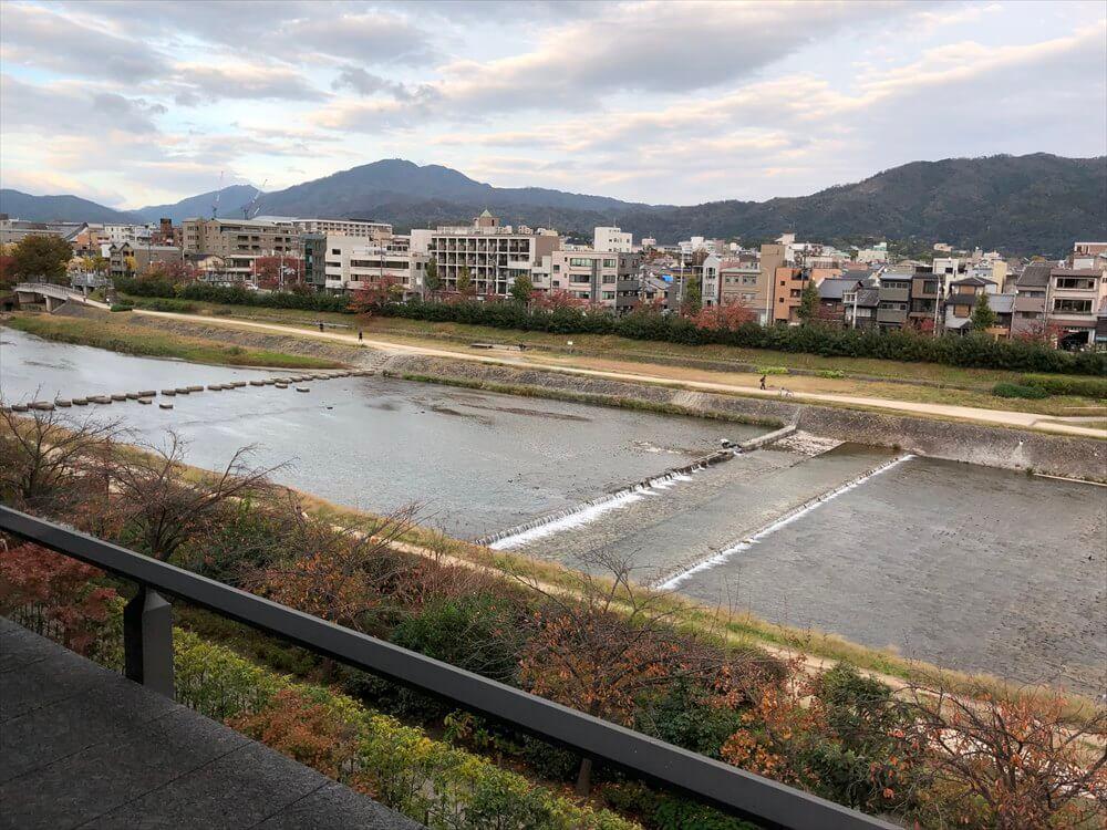 リッツカールトン京都からの鴨川の眺め2