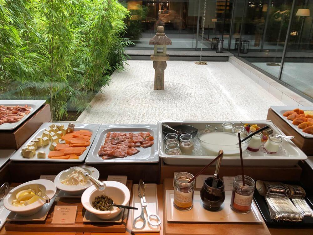 リッツカールトン京都のロカンダで朝食3