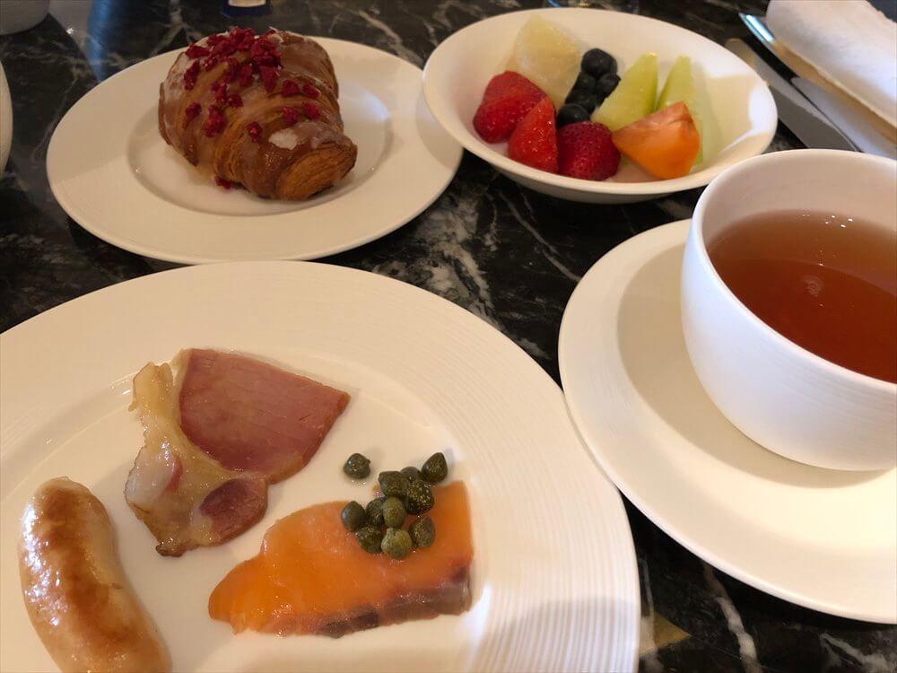 リッツカールトン京都のロカンダで朝食12
