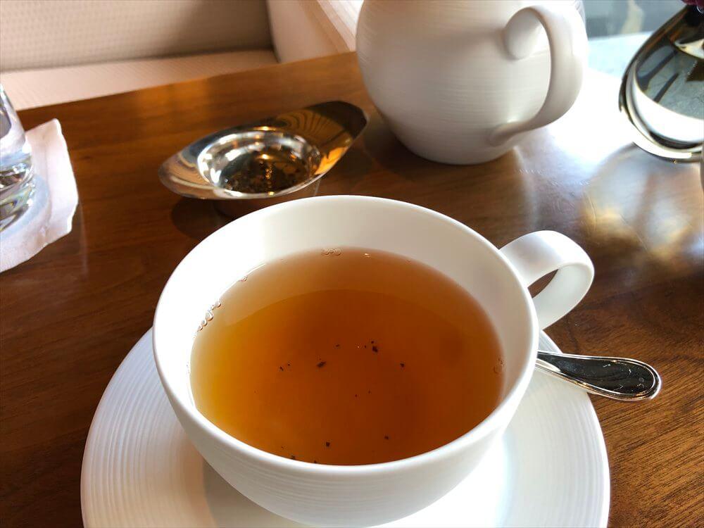 リッツカールトン京都のロビーラウンジで紅茶