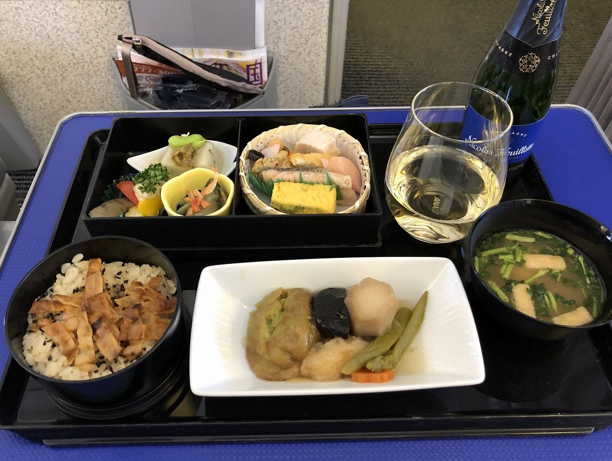ANA473便プレミアムクラスの機内食