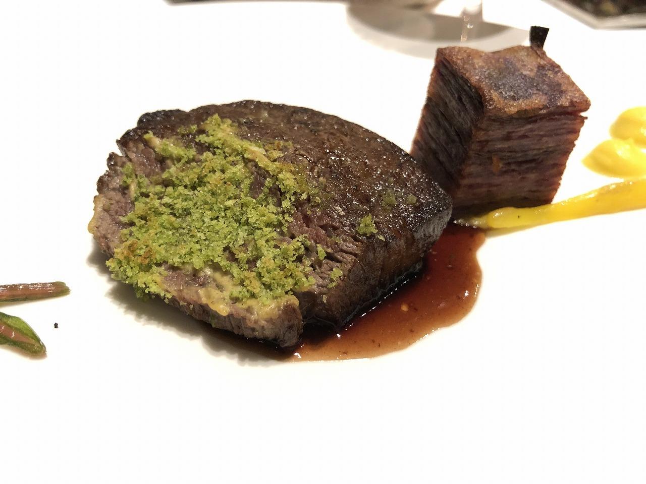 リッツカールトン沖縄のちゅらぬうじの肉料理2