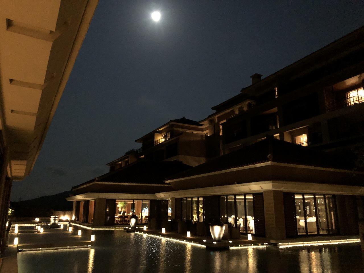 リッツカールトン沖縄の月