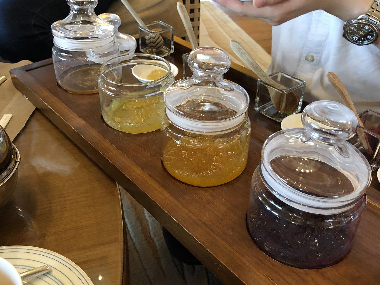 リッツカールトン沖縄の緑茶アフタヌーンティ2