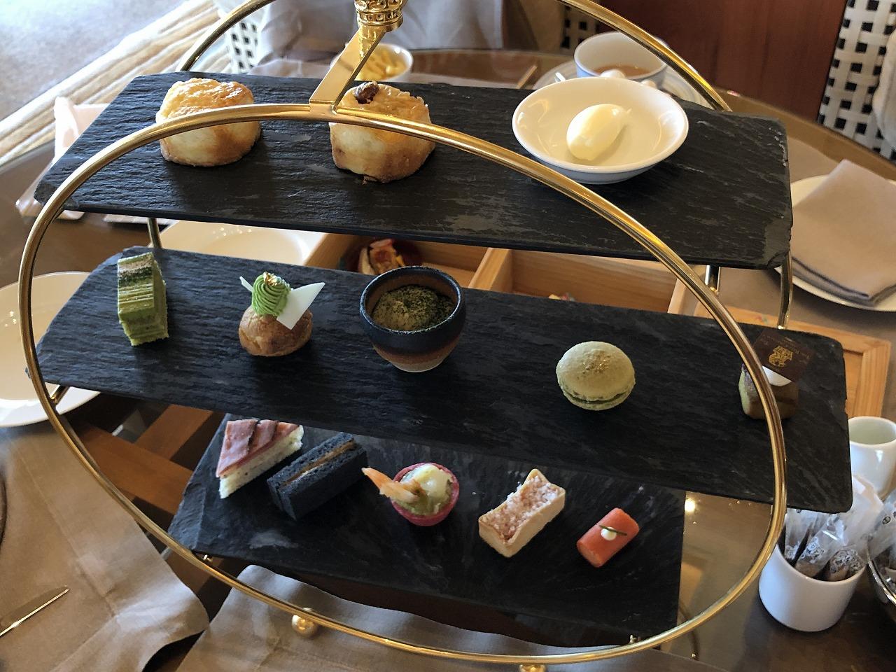 リッツカールトン沖縄の緑茶アフタヌーンティ1