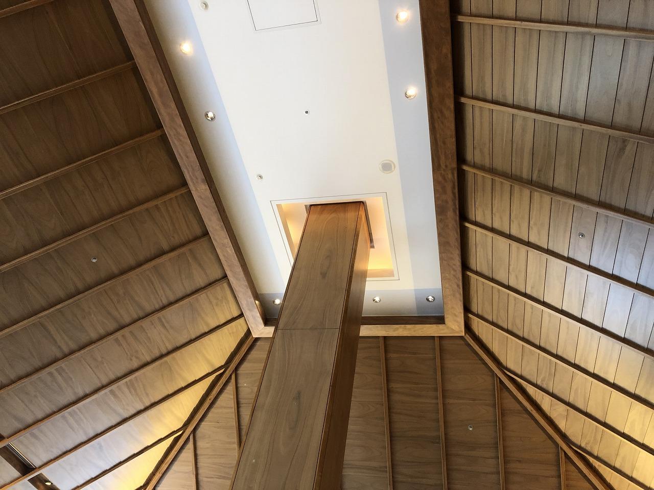 リッツカールトン沖縄の木の天井
