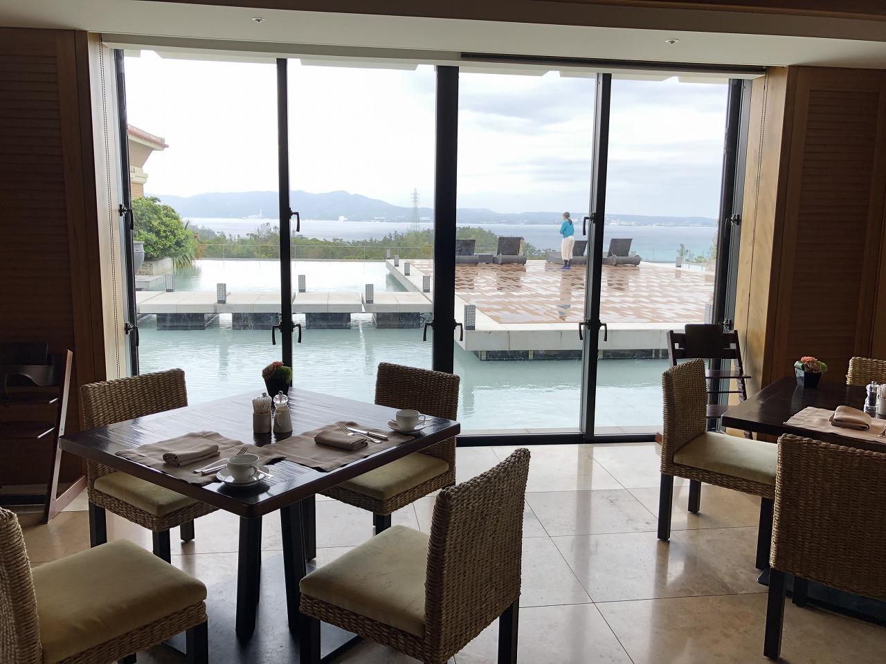 リッツカールトン沖縄の「グスク」からの眺め