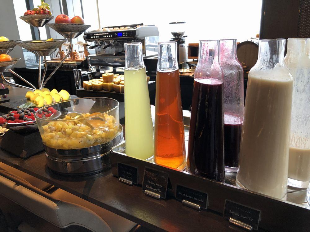 リッツカールトン東京のビュッフェ形式の朝食2