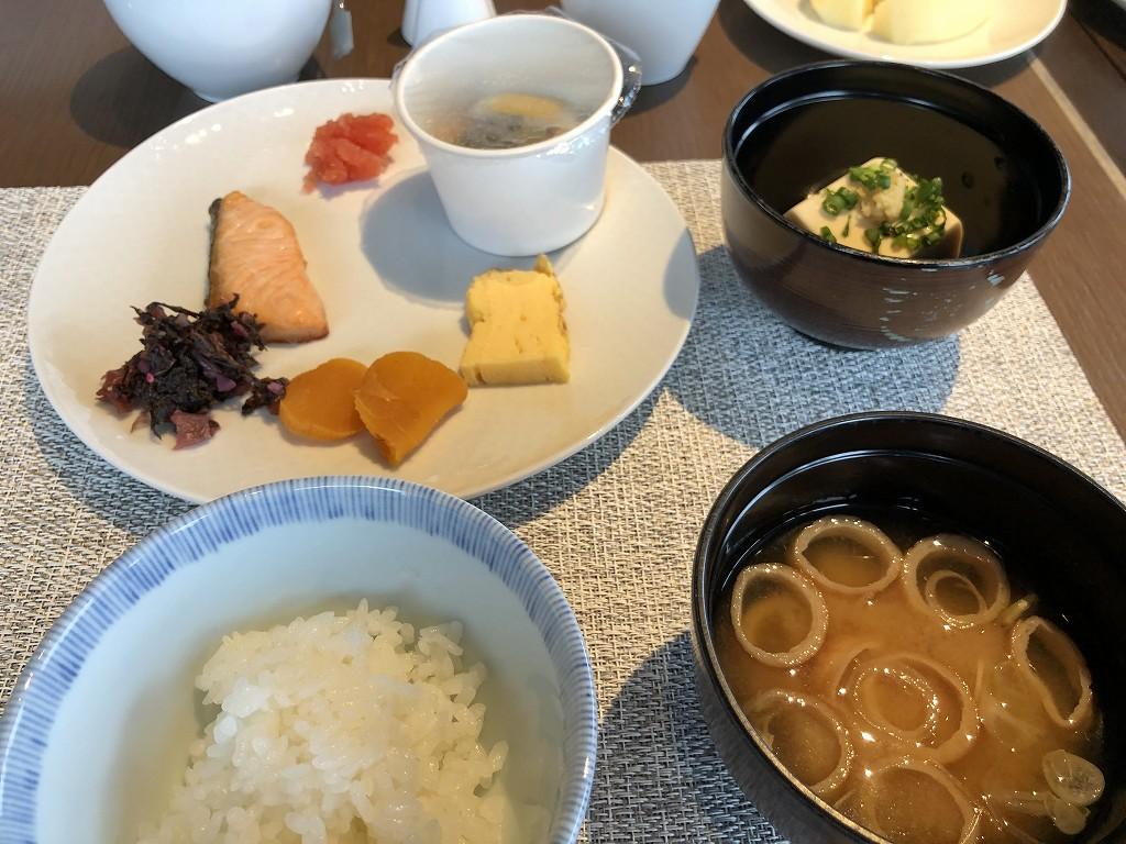 リッツカールトン東京のビュッフェ形式の和食