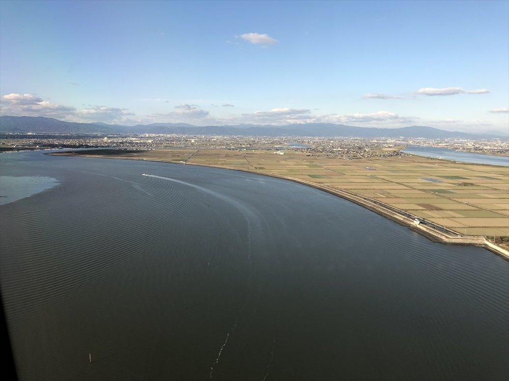 ANAの453便が佐賀空港に着陸