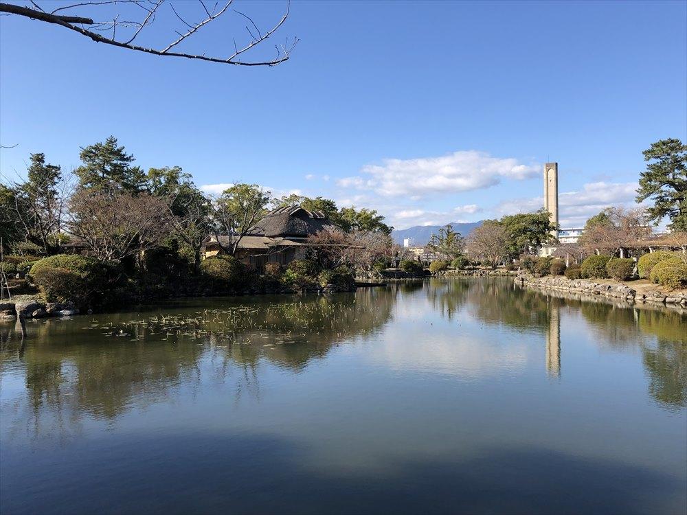 神野公園の隔林亭1