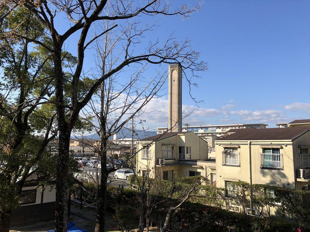 神野公園近くの給水塔1