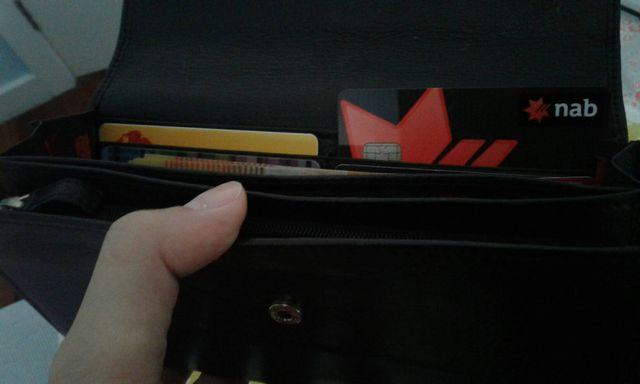 財布の中のNABのキャッシュカード