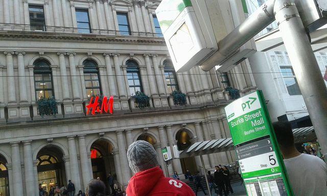 メルボルンのBourke streetのH&M