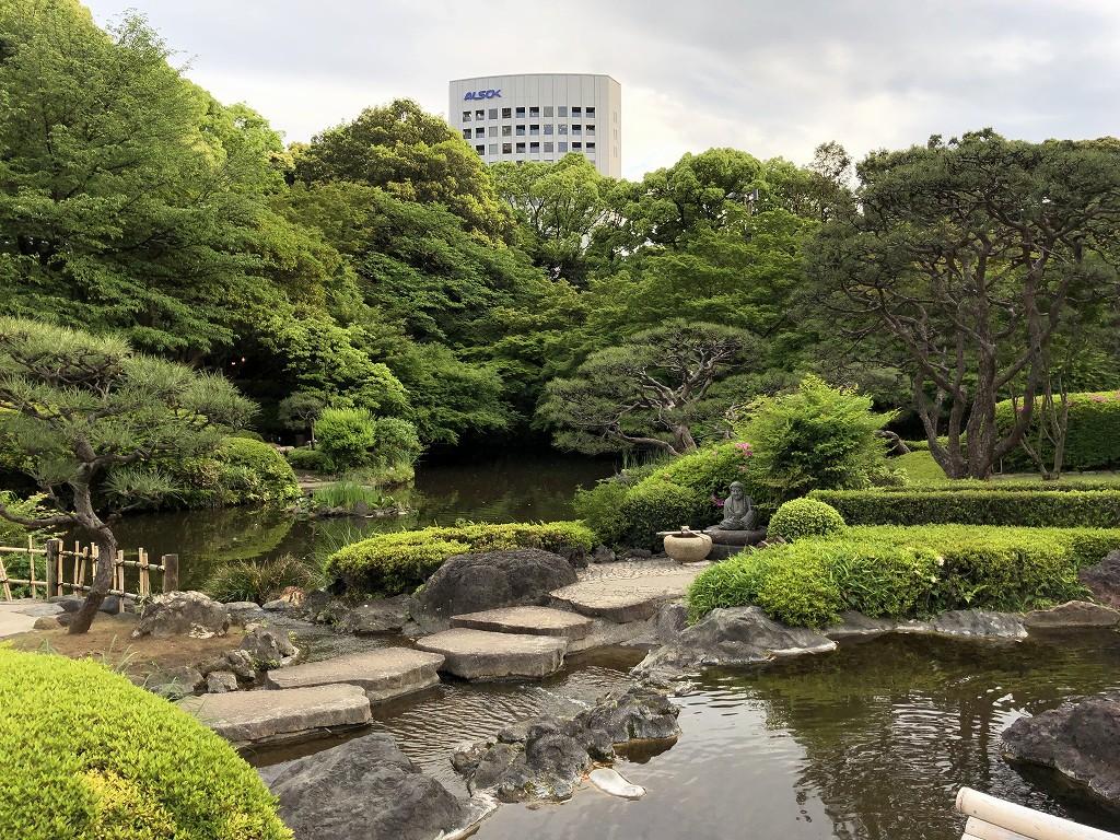 ホテルニューオータニの日本庭園1