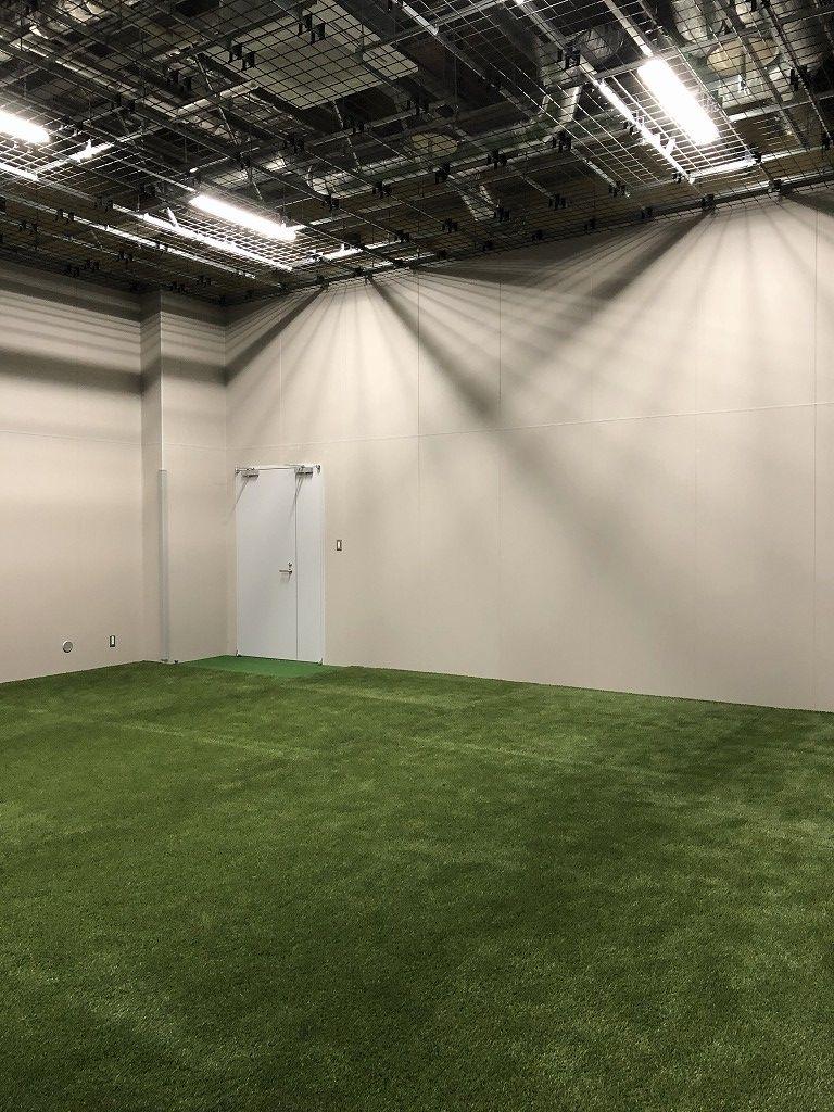 サンガスタジアムの内覧会のウォームアップ室