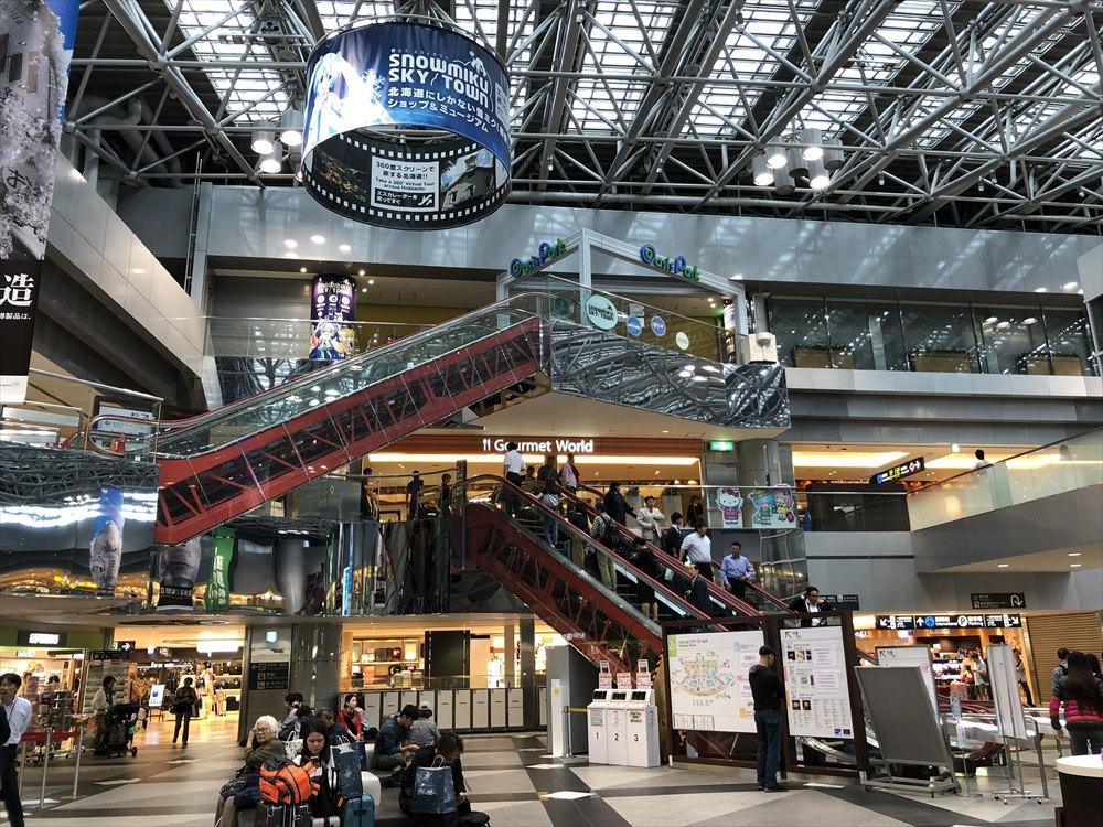 新千歳空港の4階のショップは閉鎖中