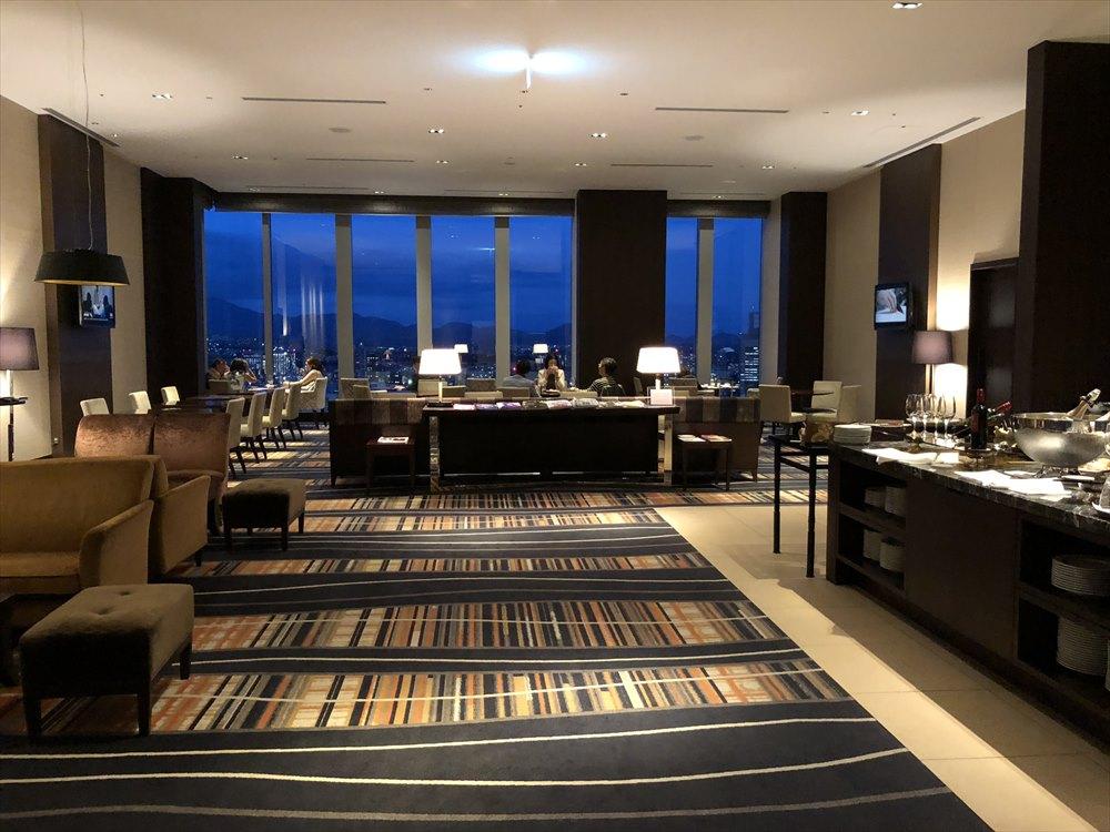 ウェスティンホテル仙台のラウンジの内観