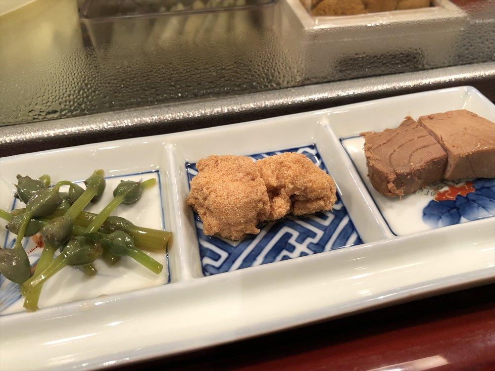 仙台 文化横丁の新富寿司の先付け