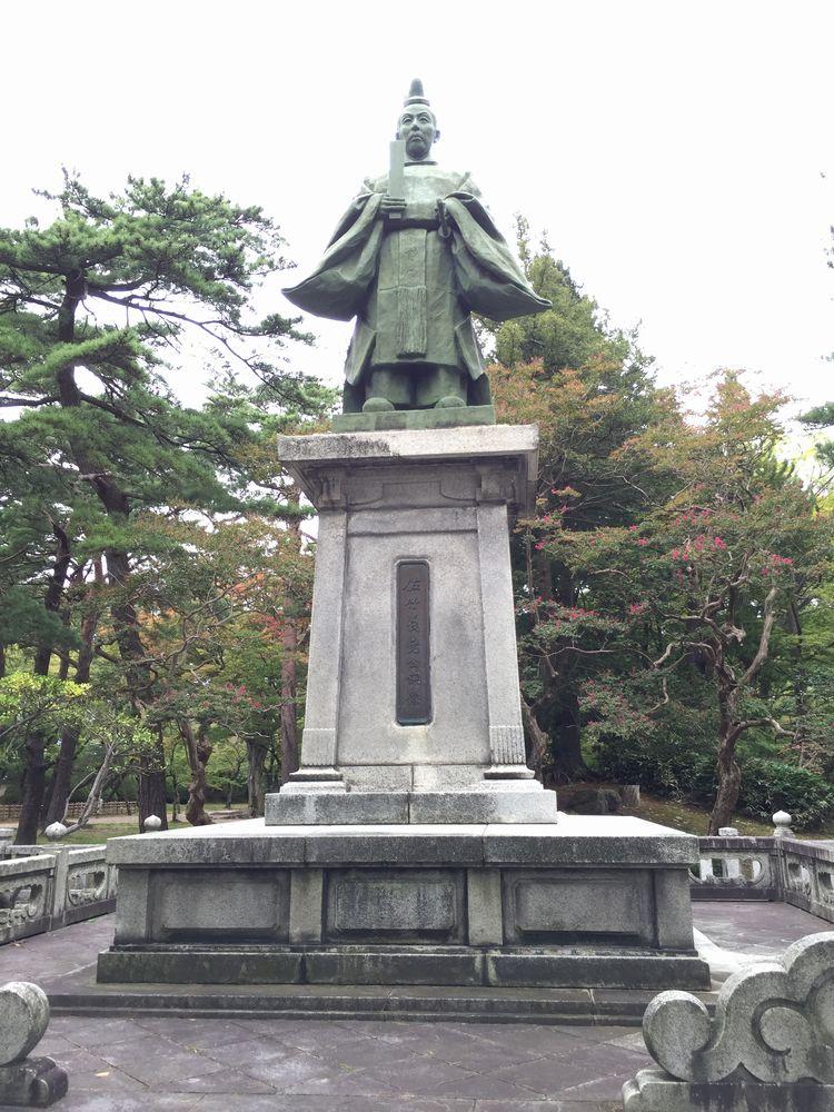 佐竹義堯銅像